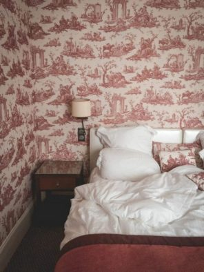 Hotel-Barriere-Le-Normandy-room