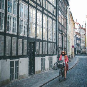 Cycling-Copenhagen-street