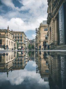 street-reflection-san-sebastian