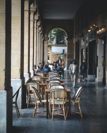Arcos-plaza-buen-pastor-donostia